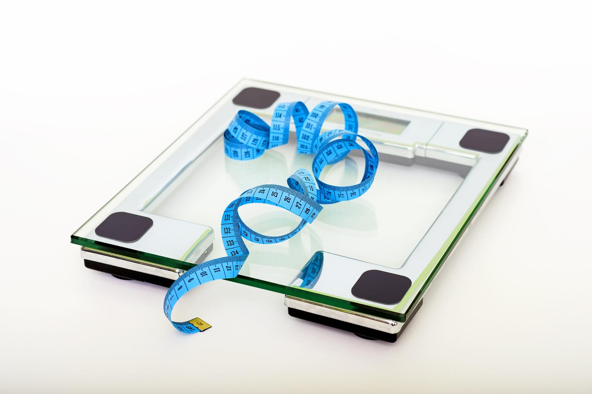 menšie prsia po diete